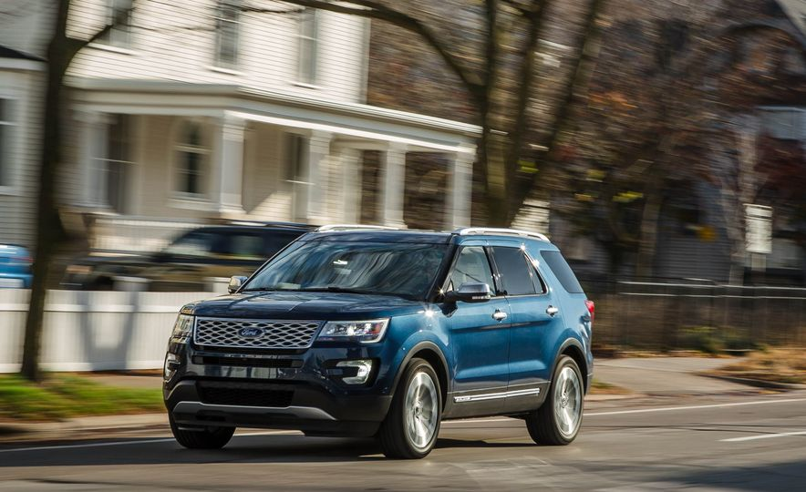 2018 Ford Explorer - Slide 3