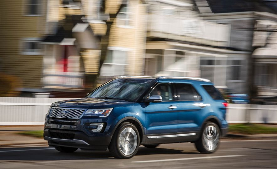 2018 Ford Explorer - Slide 4