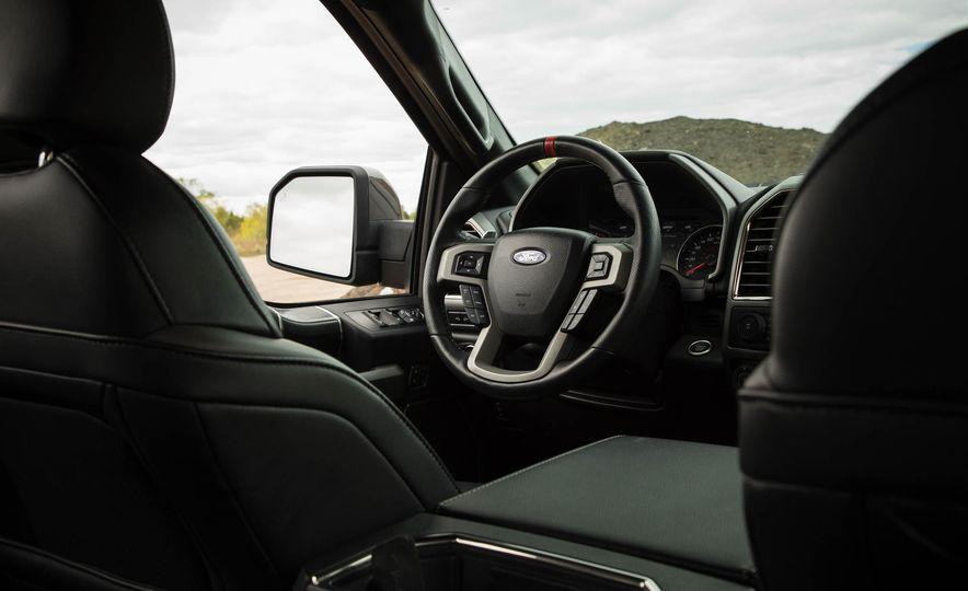 2017 Ford F-150 Raptor - Slide 58