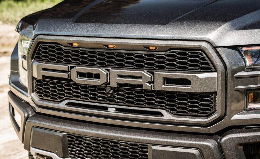2017 Ford F-150 Raptor - Slide 79