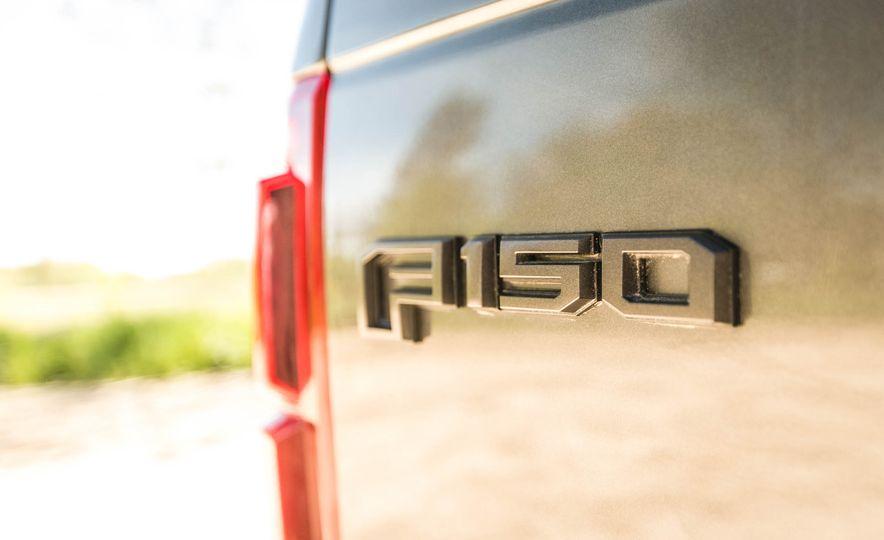 2017 Ford F-150 Raptor - Slide 81