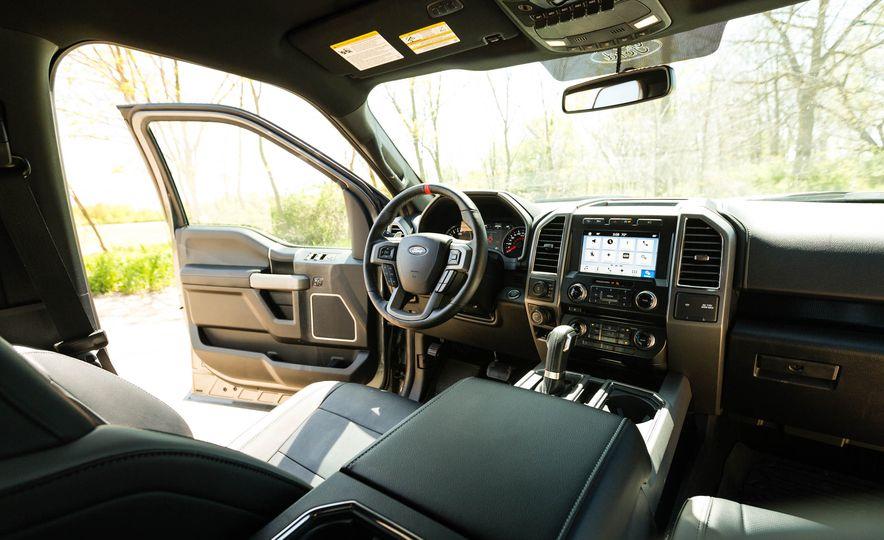 2017 Ford F-150 Raptor - Slide 87