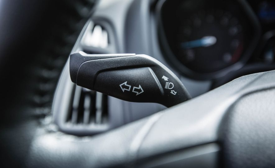 2016 Ford Focus - Slide 23