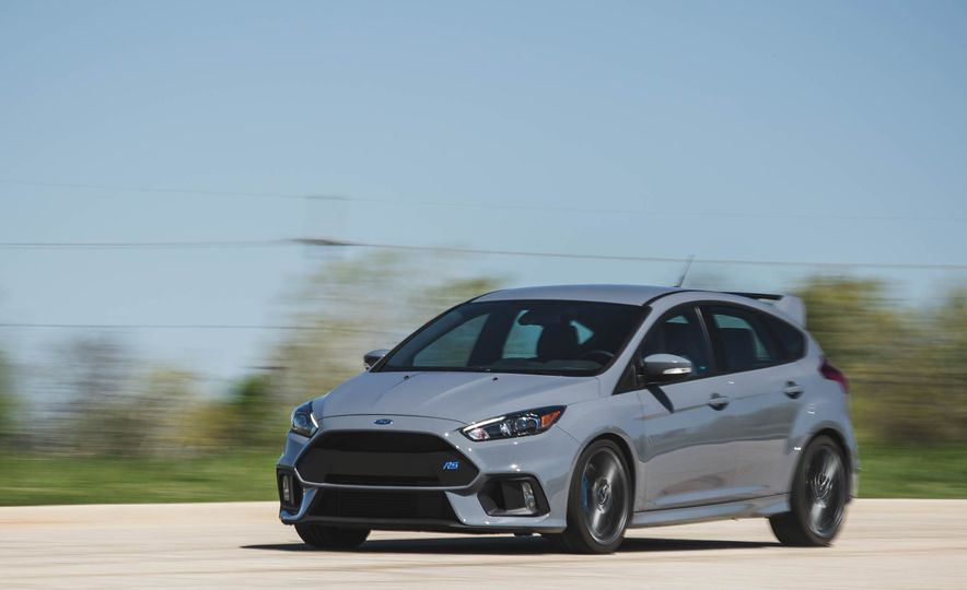 Ford Focus RS Heritage Edition - Slide 4
