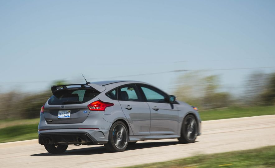Ford Focus RS Heritage Edition - Slide 6