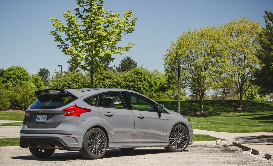 Ford Focus RS Heritage Edition - Slide 11