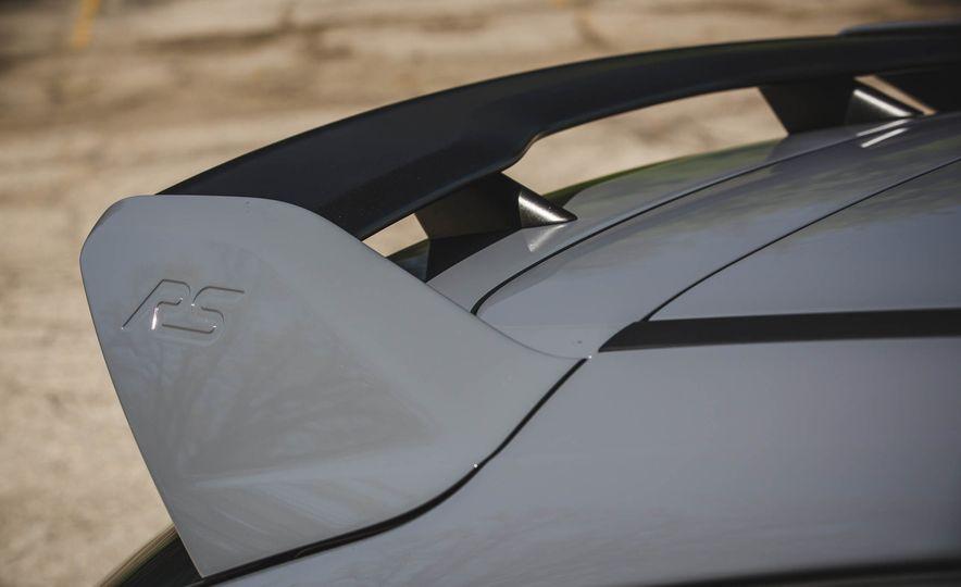 2017 Ford Focus RS - Slide 21