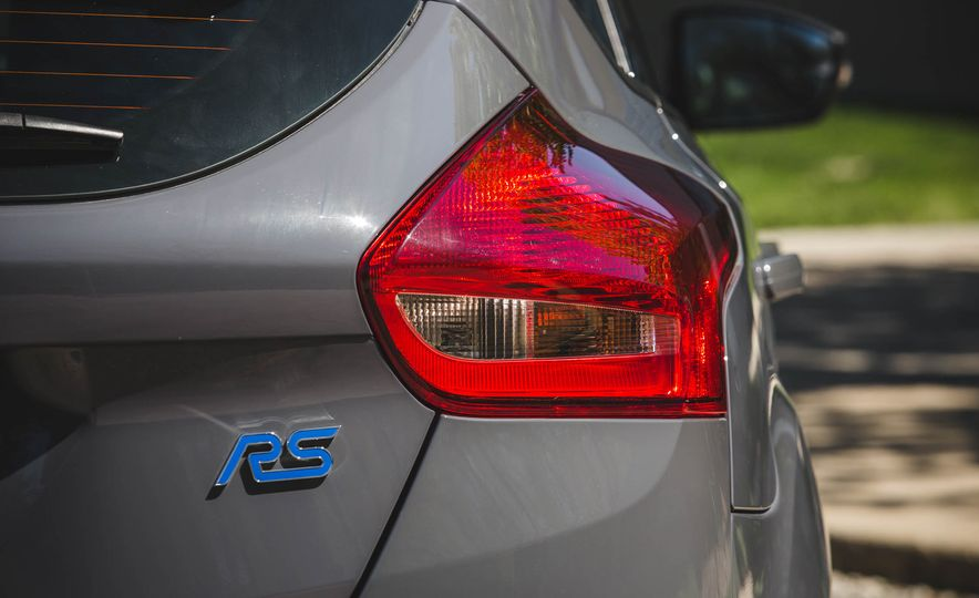 Ford Focus RS Heritage Edition - Slide 15