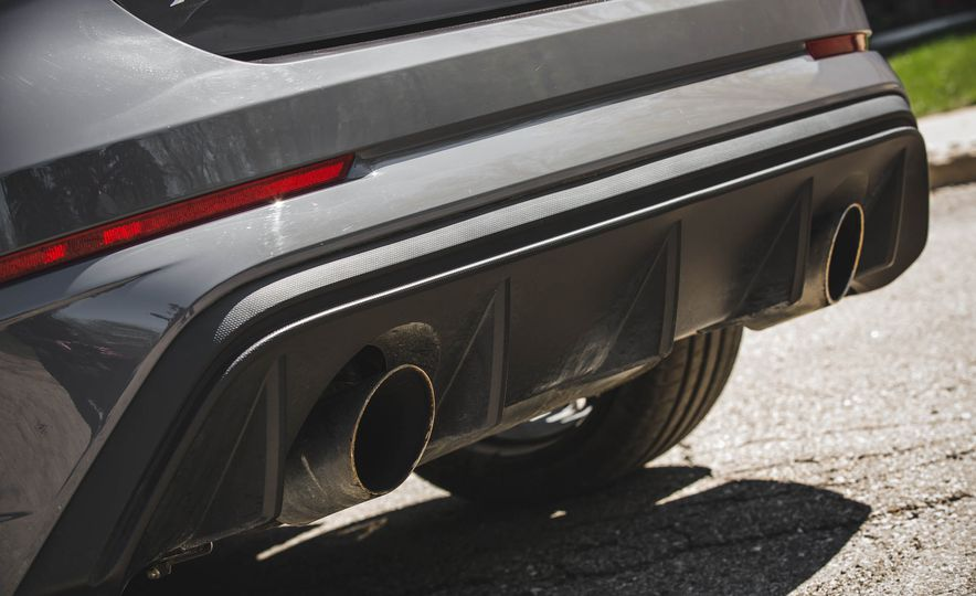2017 Ford Focus RS - Slide 24