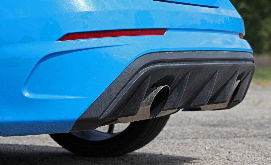 2017 Ford Focus RS - Slide 52
