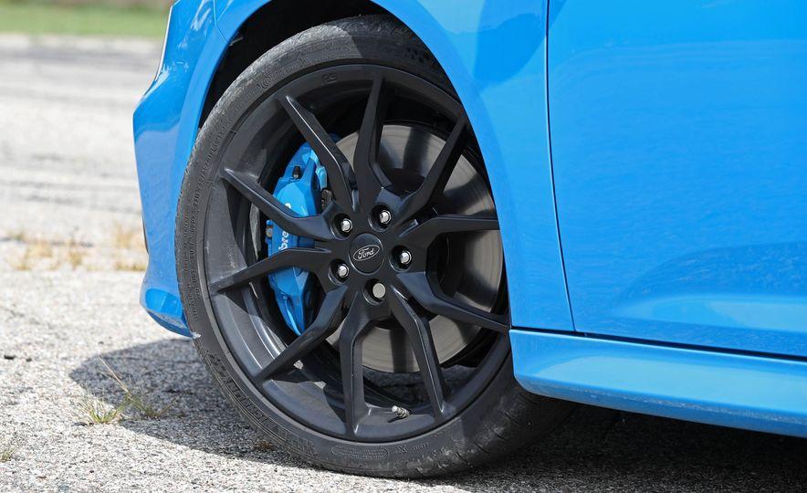 2017 Ford Focus RS - Slide 53