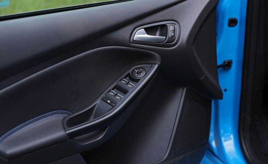 2017 Ford Focus RS - Slide 59