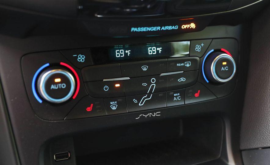 2017 Ford Focus RS - Slide 66