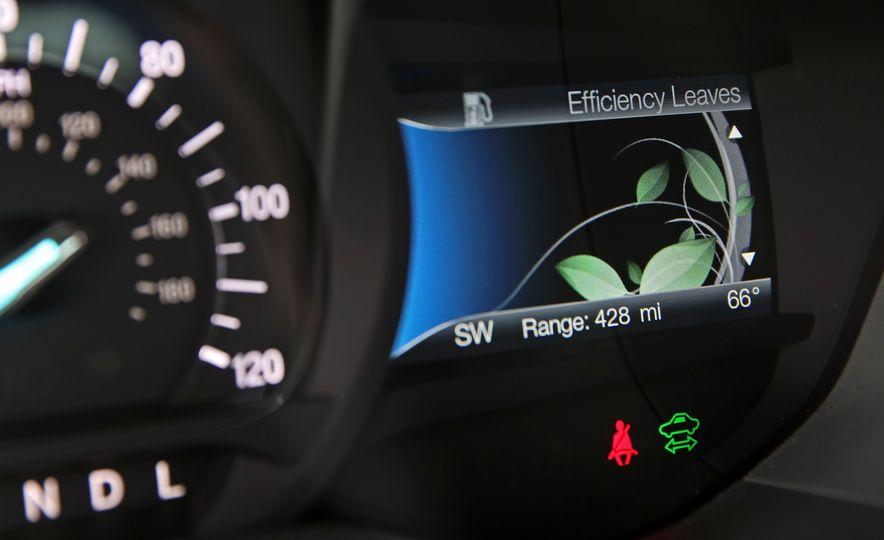 2017 Ford Fusion Hybrid - Slide 36