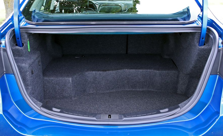 2017 Ford Fusion Hybrid - Slide 55