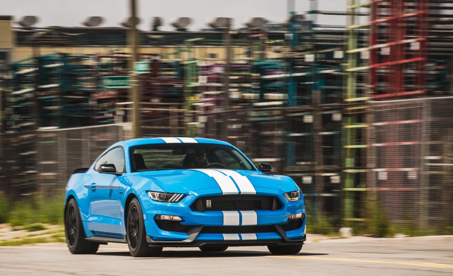 2017 Ford Mustang Shelby GT350 - Slide 51