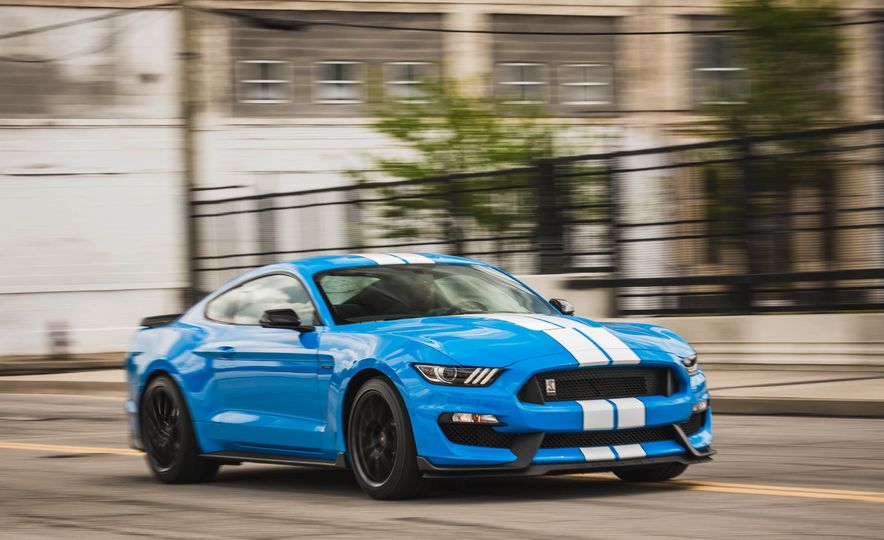 2017 Ford Mustang Shelby GT350 - Slide 52