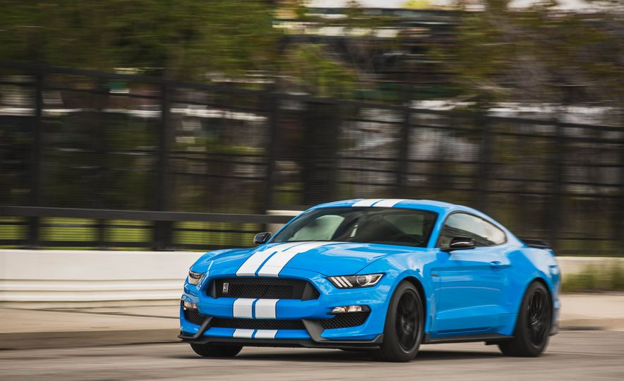 2017 Ford Mustang Shelby GT350 - Slide 54