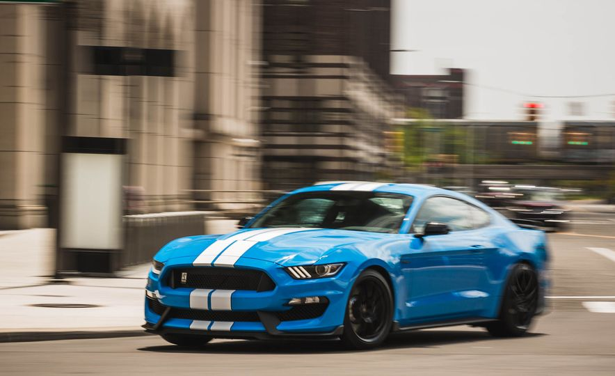 2017 Ford Mustang Shelby GT350 - Slide 55