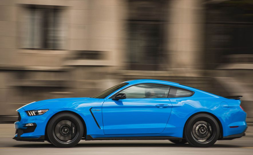 2017 Ford Mustang Shelby GT350 - Slide 56