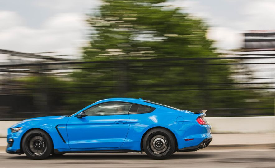 2017 Ford Mustang Shelby GT350 - Slide 58