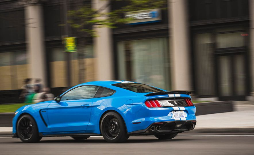 2017 Ford Mustang Shelby GT350 - Slide 59
