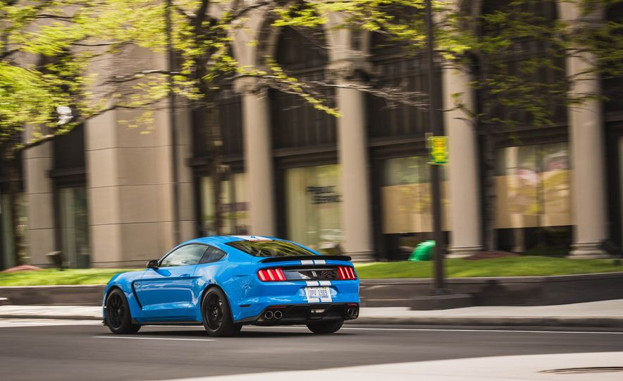 2017 Ford Mustang Shelby GT350 - Slide 61