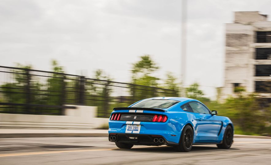 2017 Ford Mustang Shelby GT350 - Slide 62