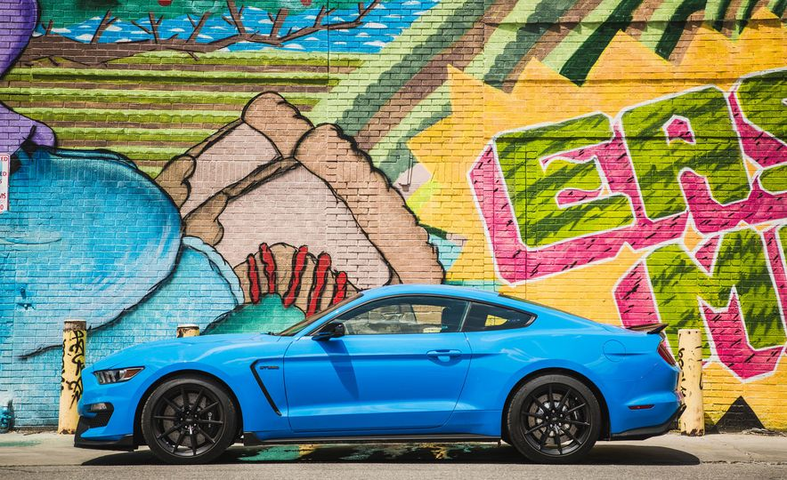 2017 Ford Mustang Shelby GT350 - Slide 67