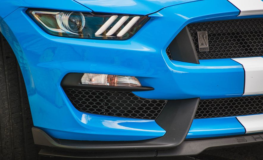 2017 Ford Mustang Shelby GT350 - Slide 72