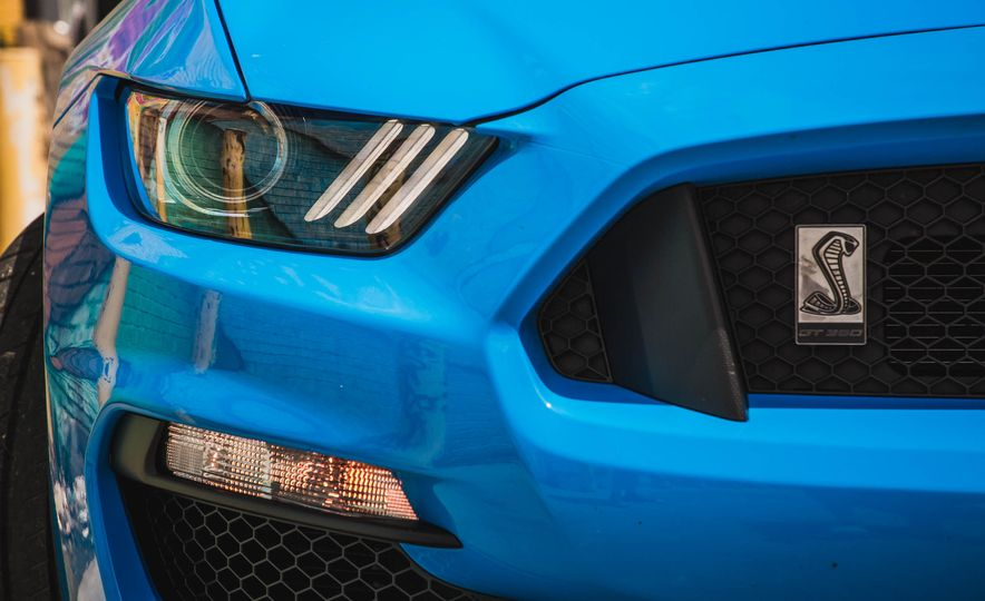 2017 Ford Mustang Shelby GT350 - Slide 73