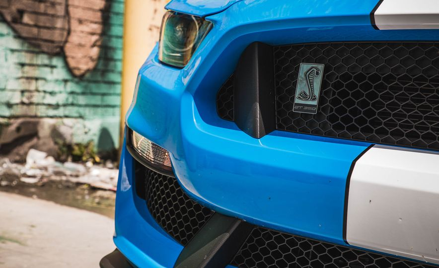2017 Ford Mustang Shelby GT350 - Slide 74