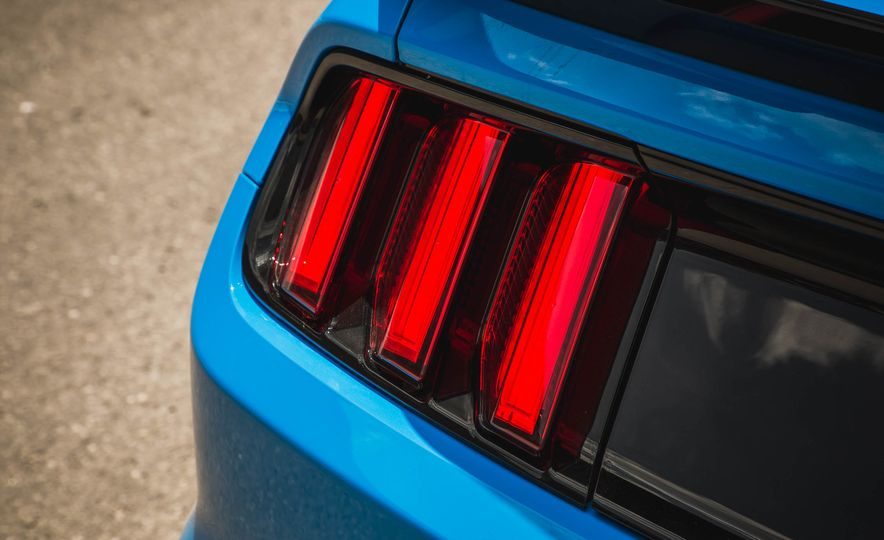 2017 Ford Mustang Shelby GT350 - Slide 79