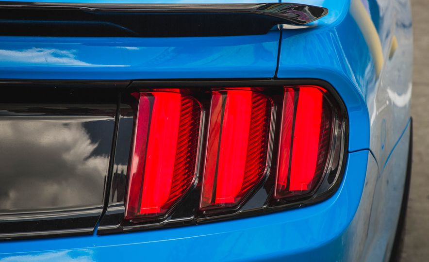 2017 Ford Mustang Shelby GT350 - Slide 81