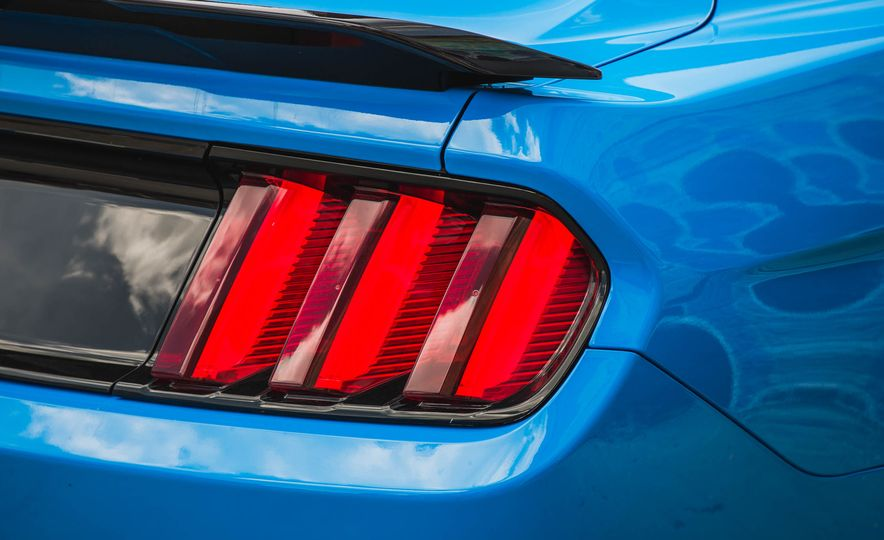 2017 Ford Mustang Shelby GT350 - Slide 82