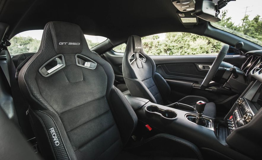 2017 Ford Mustang Shelby GT350 - Slide 108