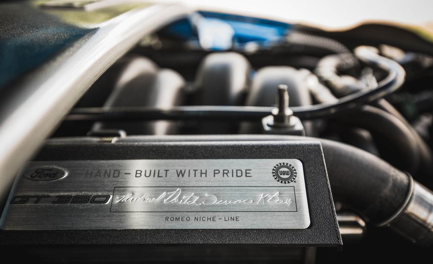 2017 Ford Mustang Shelby GT350 - Slide 120