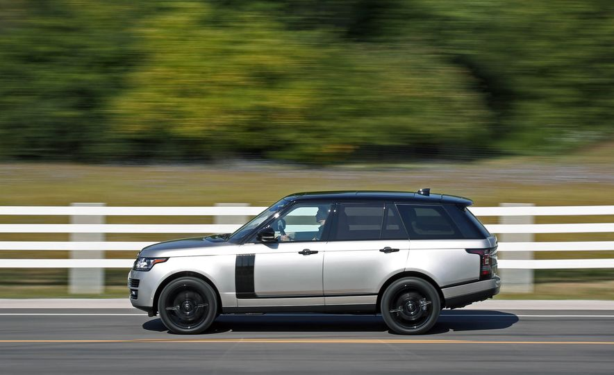 2017 Land Rover Range Rover Supercharged SWB - Slide 8