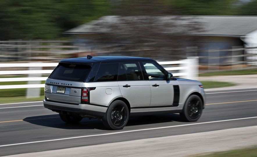 2017 Land Rover Range Rover Supercharged SWB - Slide 12