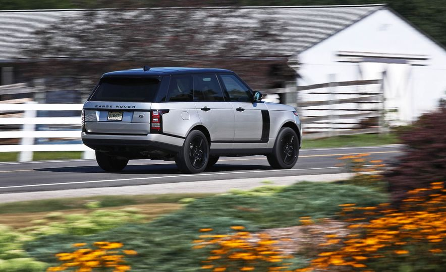 2017 Land Rover Range Rover Supercharged SWB - Slide 13