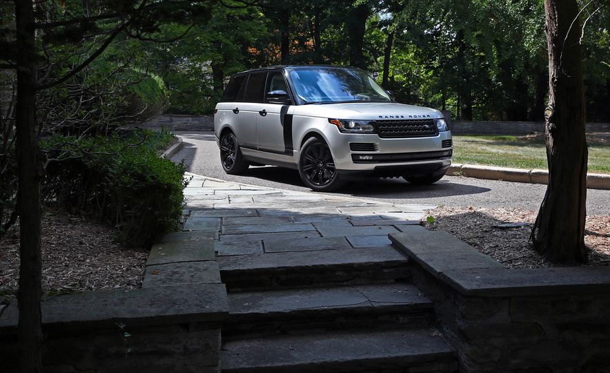 2017 Land Rover Range Rover Supercharged SWB - Slide 19