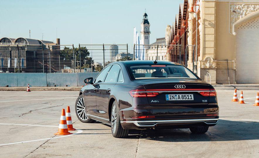 2019 Audi A8 L - Slide 31
