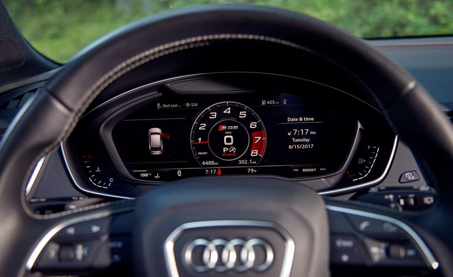 2017 Mercedes-AMG GLC43, 2018 Audi SQ5, and 2017 Porsche Macan S - Slide 14