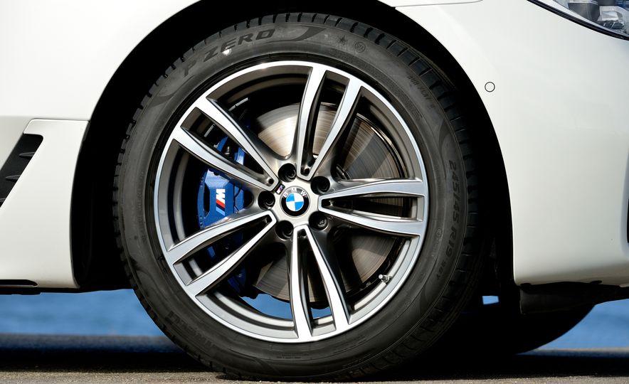 2018 BMW 640i xDrive Gran Turismo - Slide 38