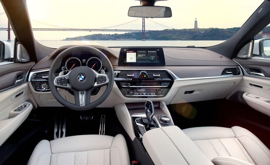 2018 BMW 640i xDrive Gran Turismo - Slide 41