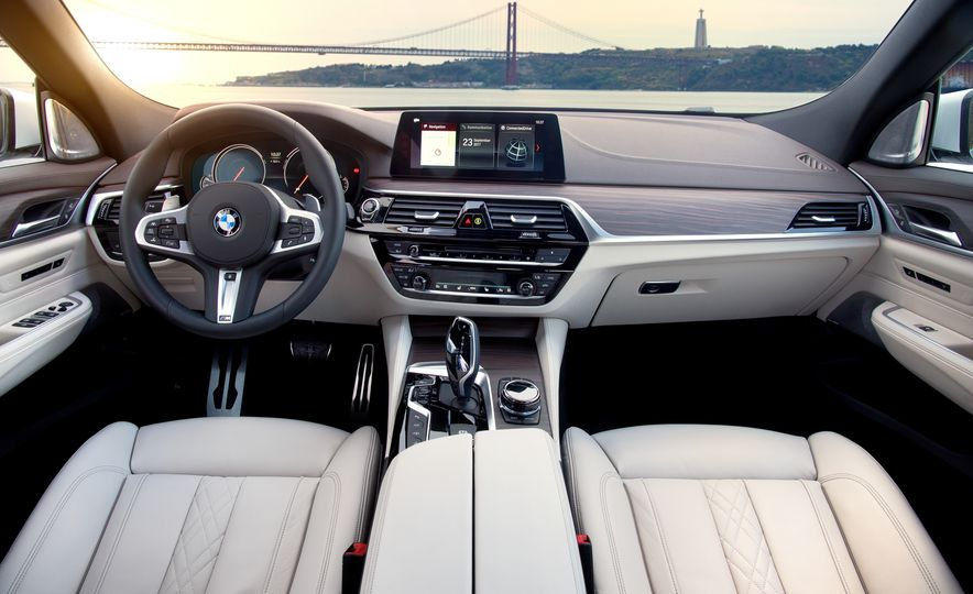 2018 BMW 640i xDrive Gran Turismo - Slide 42