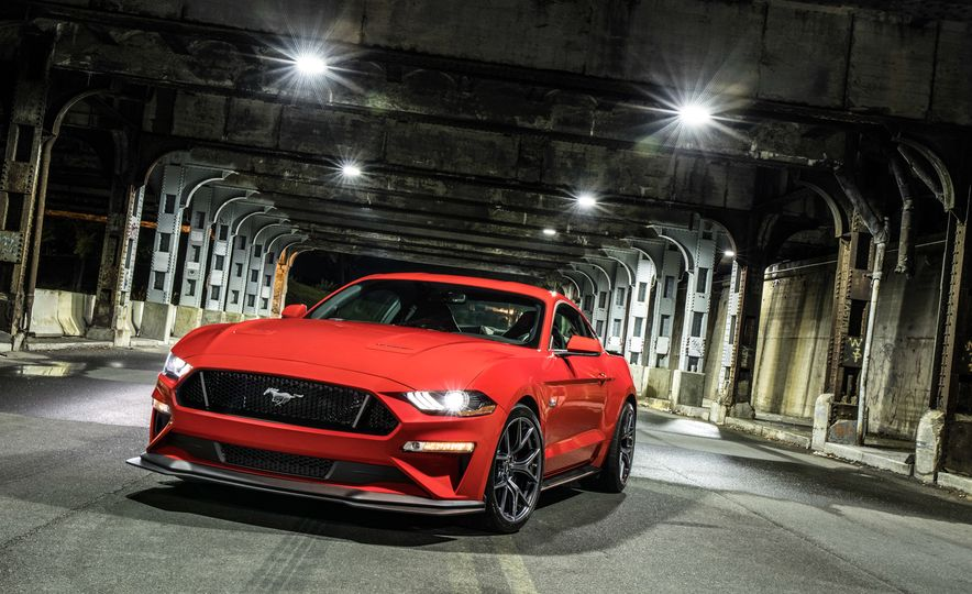 2018 Ford Mustang GT with Performance Pack Level 2 - Slide 2