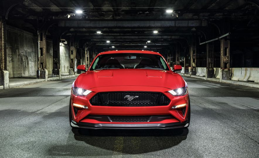 2018 Ford Mustang GT with Performance Pack Level 2 - Slide 4