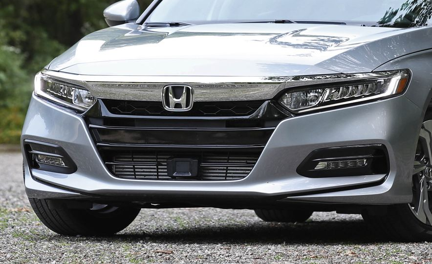 2018 Honda Accord 1.5T - Slide 28