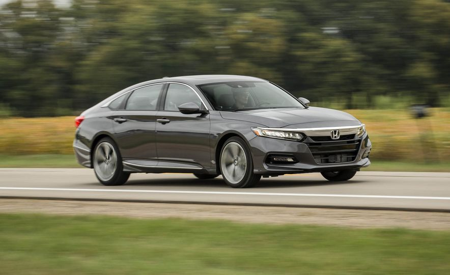 2018 Honda Accord 2.0T - Slide 1